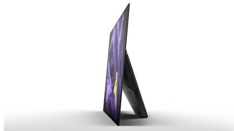 Sony AF9 OLED вид сбоку