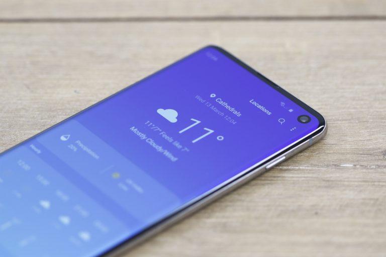 Погодное приложение Galaxy S10